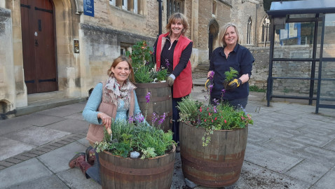 Oundle scrubs up well